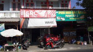 Toko Waku1