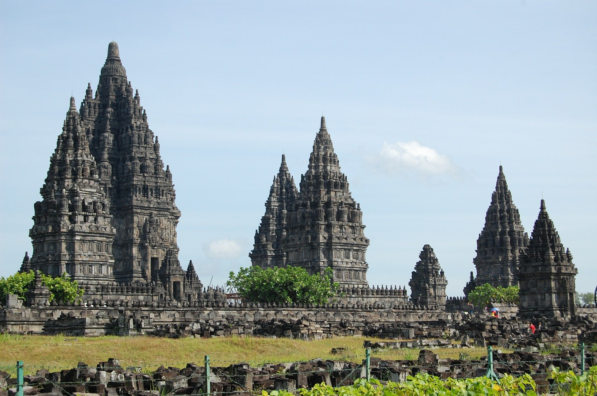 temple-598969_1920
