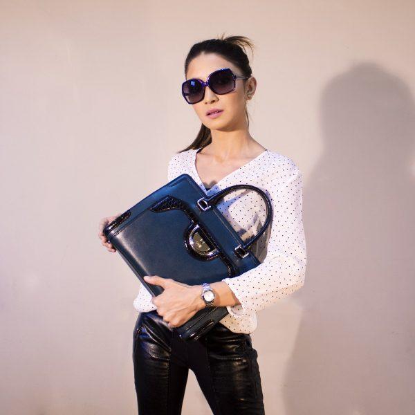 handbags-2251083_1920
